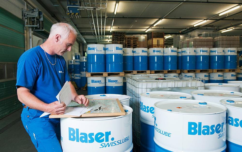 Blaser tuotteet Leikkuuneste metallintyostoon Blaser Edufix lastuamisneste tyostoneste sorvaus koneistus tyostokone tyostojalki